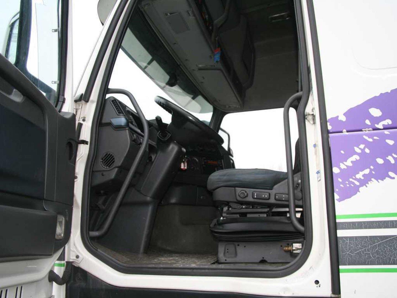 W Ultra Trucks - Truck Centre Praha GD66