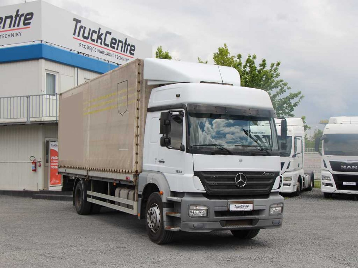Mercedes-Benz AXOR 1833 L VALNÍK PLACHTA, MANUAL, EURO 3
